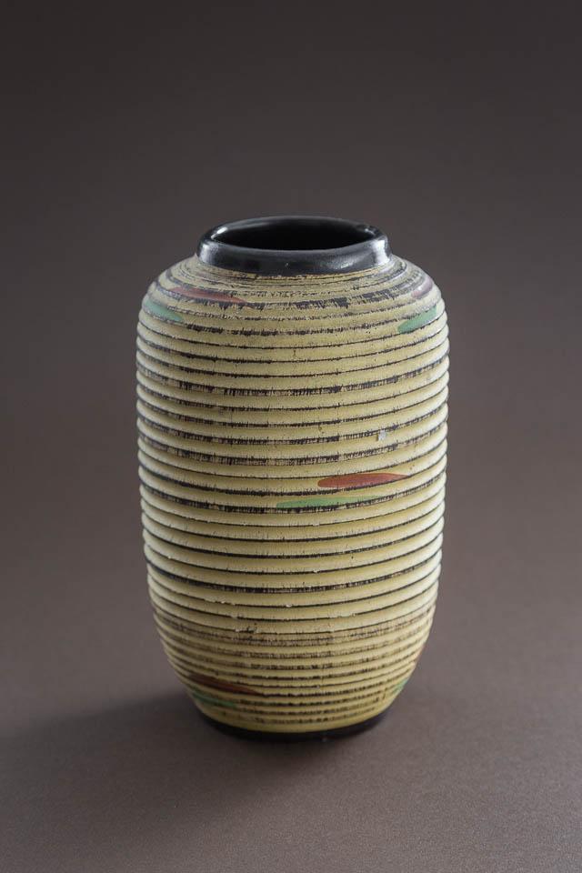 ręcznie formowany dzbanek ceramiczny – Niemcy, lata 60.